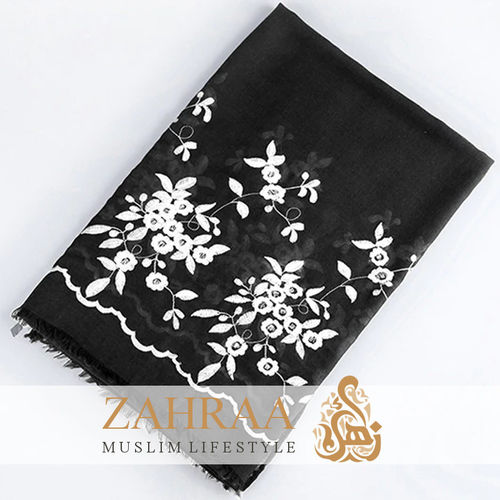 Shawl Marina Embroidery Black